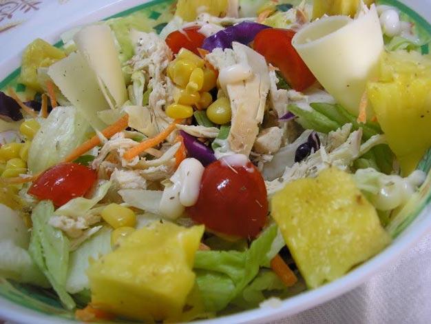 Salada de Ananás e Frango