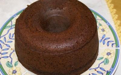 Bolo de Chocolate com Cobertura no Microondas