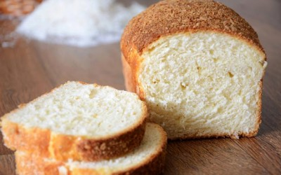 Pão rápido de coco