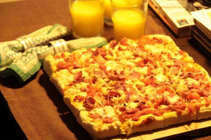 "Pizza Camponesa ""Alta e Fofa"""