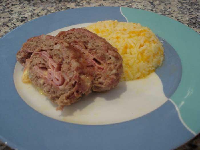 Rolo de Carne Picada Recheado