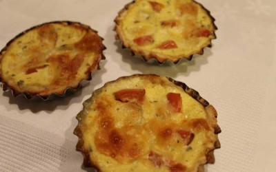 Tartelettes de courgette, tomate e mozarella
