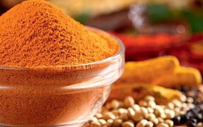 Sopa de couve-flor com curry