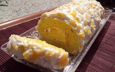 Torta de pêssego e laranja