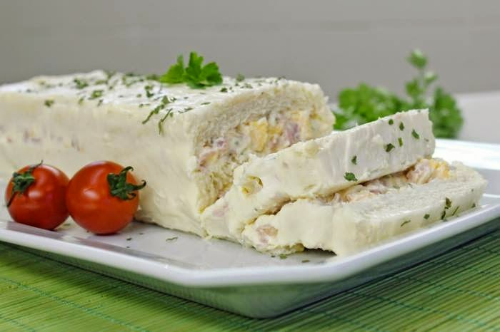 Torta fria de queijo e presunto