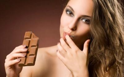 7 benefícios de comer chocolate diariamente