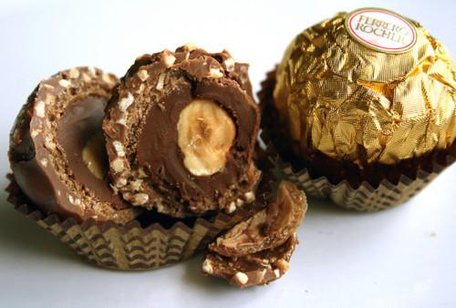 Como fazer Bombom Ferrero Rocher- Vídeo