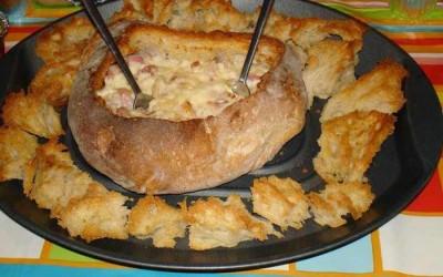 Pão Recheado com Queijo e Bacon