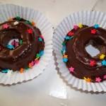 Mini pudins de mousse de chocolate