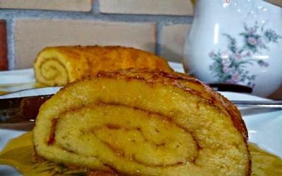 Torta de laranja com redução de limão e  laranja
