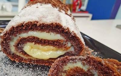 Torta de chocolate recheada com leite condensado