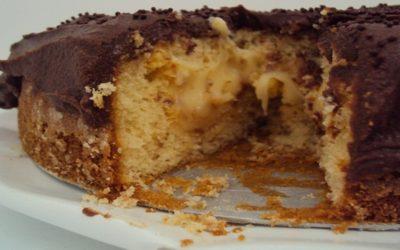 Bolo Bi-trufado de Chocolate e Maracujá