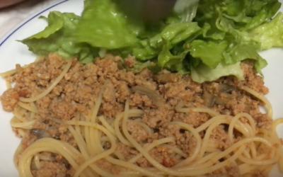 Esparguete à Bolonhesa- Vídeo 1001 Receitas Fáceis