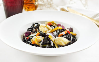 Linguini Nero com Bacalhau e Legumes