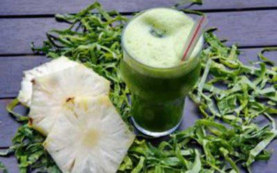 Suco detox com hortelã e abacaxi para perder 4kg em 15 dias