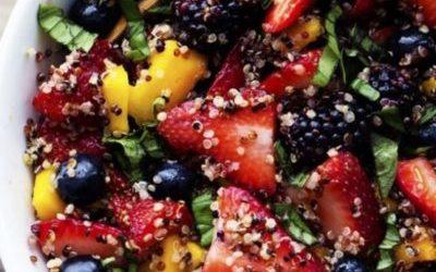 Salada de quinoa e fruta