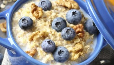 OVERNIGHT OATS DE MIRTILO E BANANA