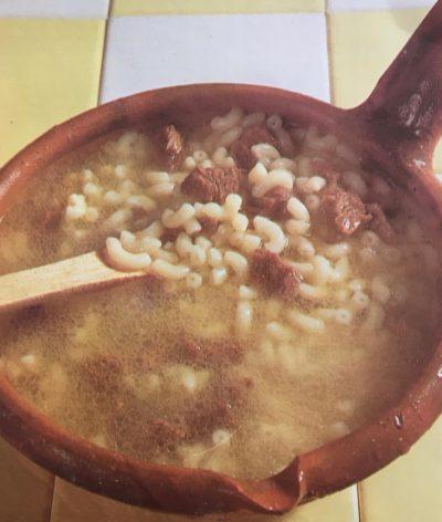 Sopa de Carne com massinhas