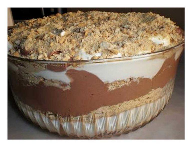 Sobremesa de Chocolate com natas e bolacha maria
