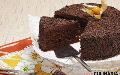 Bolo de Chocolate da avó – bolo fofinho, fofinhoo!