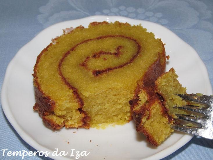 Torta de Amêndoa e Açúcar Amarelo