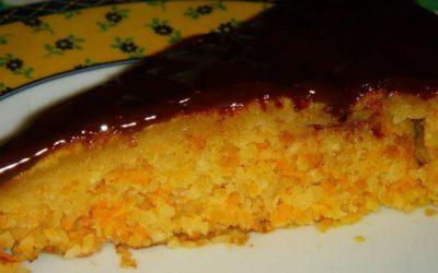 Bolo de cenoura – textura fantástica e muito delicioso!