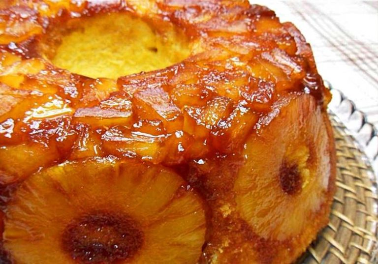 Bolo de Ananás – Delicioso e feito em 30 minutos