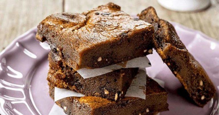 Brownie de chocolate e avelãs