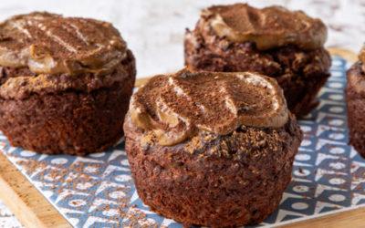Muffins com cobertura de cacau