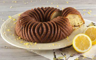 Bolo de limão com sementes de chia